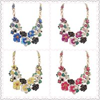 Wholesale Fashion New Fresh Flower Necklace Alloy Crystal Graduated Necklace for Party Dailylife Social Contact