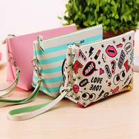 eye bag cream - New Arrive Portable Cartoon Red Lip Eyes heart shaped Bag Handbag Coin Storage Case Travel Makeup PU Cosmetic Bag