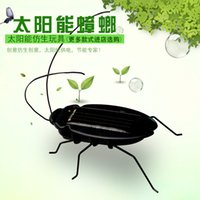 Wholesale Solar solar car cockroach grasshopper novelty toys tricky children s toys gift