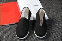 beijing kung fu - Chinese Kung Fu Shoes Bruce Lee Style Handmade Beijing Cloth Shoes Flats Men Black Boat Shoe Breathable Father Shoes Casual