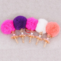 Wholesale Fur Ball Flower Keychain Creative Combination Gifts Promotion Keyrings Carabiner Car Keychain with Fur Zinc Alloy for Women mqy