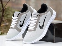Wholesale Good quality women and man sports running shoes Breathable lightweight flat fashion sneaker shoes size euro size sbyu