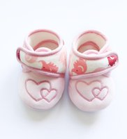 baby boutique shoes - Sweet baby girl shoes heart Newborn shoes with box wear Boutique Maternity supplies winter months embroidery Quality gifts for baby