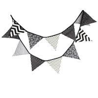 Drapeaux en gros-3.2M blanc noir Vague Tissu Bunting Parti main Décoration Bannière Tente Indian Bunting Garland
