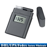 Wholesale Patent Alcometer Breathalyzer AT Digital LCD Alcohol Tester Breath Analyzer Rotating Mouthpiece