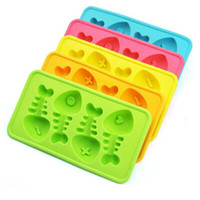 Wholesale Interesting Silicone Ice Cube Maker Freeze Mold Mould Fishbone Shape Bar ice tray Summer Drinking Tools best gift
