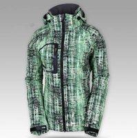 Wholesale High quality Fashion women s Fleece soft shell jacket sports coat Winter outdoor Ski waterproof waterproof climbing wear