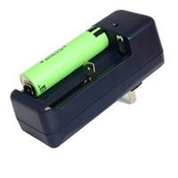 achat en gros de batteries au lithium-ion gros-100pcs / lot chargeur double AC 100-240V 3.7v batterie de lithium pour 18650 16340 Li-ion batterie de lithium Livraison gratuite