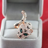 Wholesale Europe Westen Style Leopard Mount Finger Ring Green Crystals Paved Eyes Inserted Open Finger Band Jewelry Women FJ0156