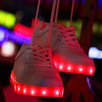 Wholesale Skate kids skateboard shoes Factory direct sales mens shoes USB charging colorful luminous shoes color light shoes LED lamp light shoes