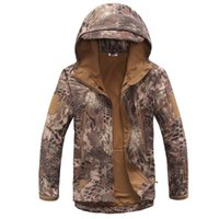Wholesale High Quality Camouflage Windproof Warm Plush Outdoor Men And Women Army Military Tactical Hunting Jacket Coat