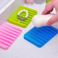 Wholesale Fashion Silicon Kitchen Bathroom Flexible Soap Dish Plate Holder Tray Soapbox