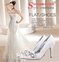 achat en gros de dentelle blanche chaussures de strass-Nouveau élégant blanc dentelle chaussures de mariage avec des perles strass 5.5cm / 7.5cm / 9.5cm talons hauts chaussures de femme chaussures de mariée