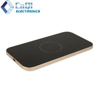 Wholesale Universal Wireless Charger for Samsung iPhone Huawei HTC Blackberry Nokia Sony Xiaomi Mobile Phone Charging