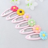 Wholesale A Brand new Cute Chic Baby Girls Hairclip Daisy Hairpins Children Hair Accessories Gift Color Random