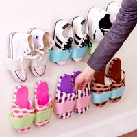 Wholesale 12Pieces Home sitting room wall receive shoe rack Space stereo candy color hanging shoes frame