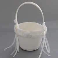 Wholesale Wedding Flower Girl Baskedt White Ivory Bow Wedding Blower Basket Ceremony Festive Party Love Case Satin Flower Girl Basket