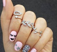 Wholesale Exquisite cute Queen baby girls leaves Rings set Finger Nail Rings holiday gifts For Women