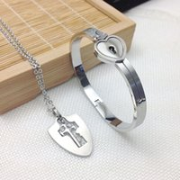 Wholesale High quality A Couple Jewelry Sets Stainless Steel Love Heart Lock Bracelets Bangles Cross Key Pendant Necklace Couples