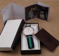 Precio de Gifts-Relogio MasculinoDanielWellington Dial relojes de Mens superior de la marca de lujo de estilo DW Mira la correa de nylon El reloj del cuarzo Relojes Caja de regalo