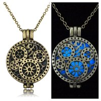 age gold - Glow In The Age gear luminous pendant Censer Aromatherapy Essential Oil Diffuser Locket Water Drop Pendant Necklaces For Women Jewelry