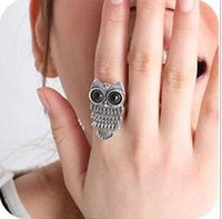achat en gros de grand oiseau cru-Owl Rings Vintage Classics anneaux de style western style Un oiseau de Minerva avec Big Black Eyes modèle pour les femmes et les hommes Accessoire cadeau