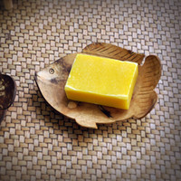 Wholesale SPA salon supply handmade natural coconuts shell soap tray bathroom accessory size approx cm