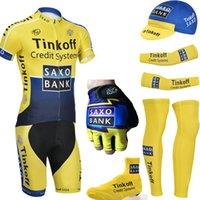 achat en gros de gants de vélo jaune-Livraison gratuite Équipe SAXO BANK cyclisme maillot bavoirs shorts thinkoff jaune vélo vêtements avec vélo manches chauffe-eau et gants de sport