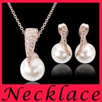 Wholesale The bride wedding diamond pearl necklace set western wedding jewelry party dress Earrings Jewelry