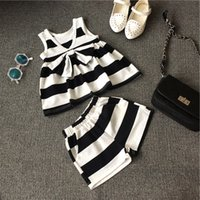 character appliques - New Fashion Summer Girls Stripe Outfit Sets Sleeveless T Shirt Top Shorts High Quality Chic Children Clothing Kids Outwear DHL