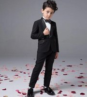 Boy's Formal Wear Three-piece Suit Peaked Lapel 2016 hot sale Custom Made Fashion baby boy kids blazers suits prom party formal white clothing wedding casual spring summer costume