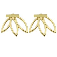 Wholesale Minimalist Small Cute Earrings Gold Silver Leaf Stud Earrings Female Costume Jewelry for Party