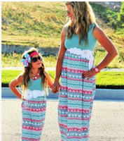 Wholesale New Design Chevron Mother Daughter Dresses Girls Women Dress Matching Mother Daughter Clothes Mommy And Me Clothes Family Look Long Dresses