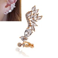 Wholesale Korean fashion angel wings without pierced ear clip Europe and exaggerated Crystal Angel Wings earring for woman