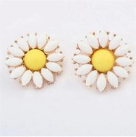 Wholesale 2016 hot new female European and American fashion earrings Sunflower cute bohemian trend exquisite earrings
