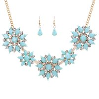 Wholesale Factory Price Hot Sale Party Crystal Flower Necklace and Drop Earrings Jewelry Set