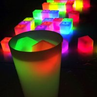 al por mayor de hielo de plástico reutilizable-Reutilizable plástico multicolor cubos de hielo Square Bar KTV boda Luz Sticks A00093 CAD