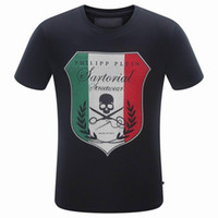 Wholesale NEW Cotton Fit Slim Casual Tee Print Rhinestone D skulls MENS Tshirts Top Quality P8061