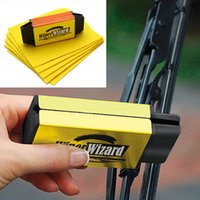 Wholesale New Wiper Cleaning Brush Car Van Wiper Wizard Make Old Windshield Wipers Blade Restorer Cleaner With Wizard Wipes
