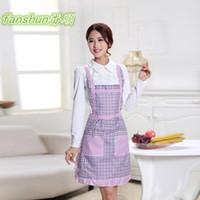 Wholesale New style beautiful Aprons Fashion lovely princess apron Unisex Kitchen Apron Cooking Apron Baking Apron