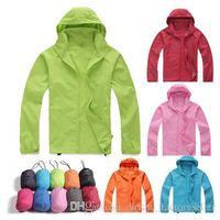 Wholesale Men s Raincoats soft shell Waterproof Jackets hunting clothes women s casual rain coat clothing camping hiking rain down men sportswear
