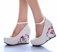 Wholesale Fashion Ankle Strap High Wedges Platform Summer Pumps For Women Casual Elegant Flower Print Wedges Platform Shoes
