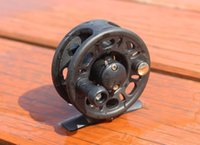 Wholesale Fishing Reels Bearing Right Hand with Drag Plastic Fly Reel Fish Line Wheel