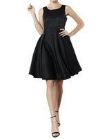 Wholesale Yige Womens Elegant Sleeveless Versatile Halter Pleated Cocktail Bridesmaid Party Dresses Black White purple Cardinal Red