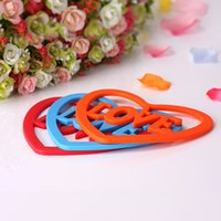 Wholesale Lovely heart shaped large green multicolor silicone insulation anti skid Easy to clean eat mat mat ambry environmental protection table mat