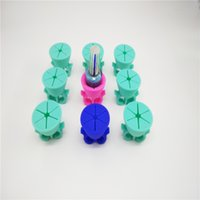 Wholesale New Gel Polish Nail Art Bottle Wearable Finger Nail Polish Holder Silicone Round Holder Stands Tool