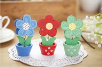 Wholesale Creative small notes folder name card clip wooden flowerpot flower shape decorative wooden gifts