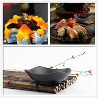 appetizer dishes - 200pcs Kaiten Appetizers Bowl Laoganma Sauce Platte From China Drop Dish Black Color Irregualr Shape Dinnerware ZA0644