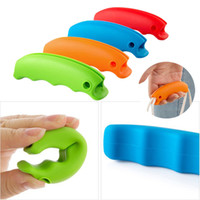 Wholesale 1Pc Random Color Multifunction Silicone Bag Clips Relaxed Hand Bag Carrier Handle Good Shopping Helper Kitchen Tools Key Chain