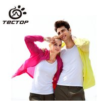 Wholesale Tectop Outdoor Men Women Sport Skin Dust Coat Waterproof Sunscreen Shirt Breathable Quick Dry Shirt Hiking Camping Jackets